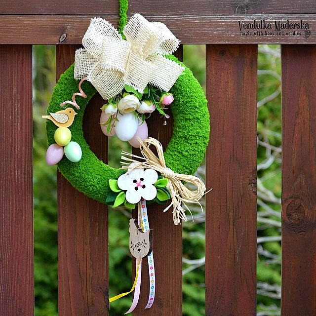slide /fotky34621/slider/spring-wreath_10_vendulkam.jpg